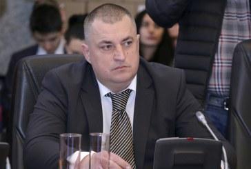 Florin Cret confirma: Din mita luata de Chereches, acesta i-a dat 5 mii lei, in anexa biroului primarului