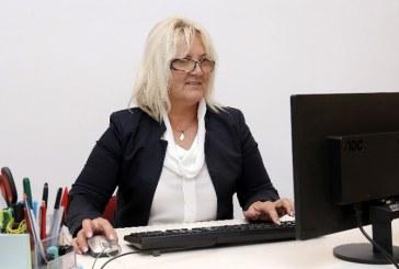 Senatorul Severica Covaciu cere comisie parlamentara de ancheta, in cazul pestei porcine