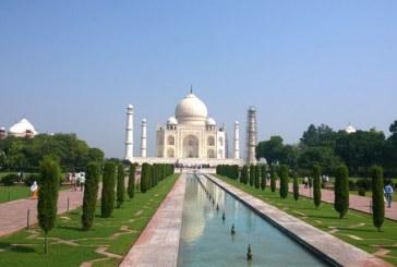 Pretul biletului de intrare la Taj Mahal, majorat de cinci ori pentru vizitatorii indieni