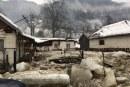 FOTO Dezastru in Viseu de Sus: Apă potabila si hrana pentru cele 70 de persoane izolate pe Valea Vaserului