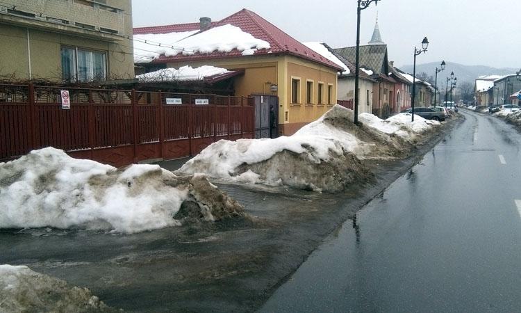 Ploaia nu spala iresponsabilitatea administratiei publice (FOTO)