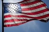 SUA: Drapelele vor fi coborâte în bernă timp de trei zile în memoria victimelor epidemiei COVID-19