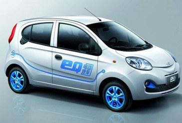 Chinezii ameninta Mercedes cu marca inregistrata in cazul sub-brandului electric EQ