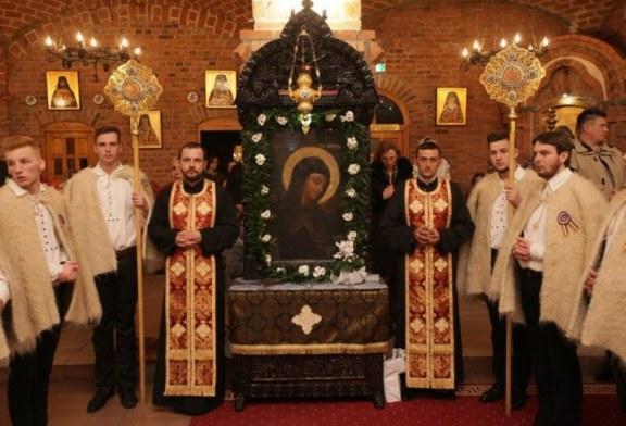 Pictorii de biserici si iconarii, cinstiti in Baia Mare. Icoana facatoare de minuni la Catedrala Episcopala