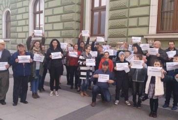 Aparatorii Scolii de Muzica din Sighet au iesit in strada (VIDEO)
