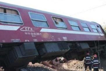 Trenul personal Baia Mare – Satu Mare a deraiat la Busag: Nu exista victime