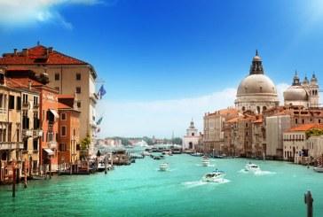 Venetia ar putea percepe o taxa turistica de 3 euro pentru vizitele de o zi