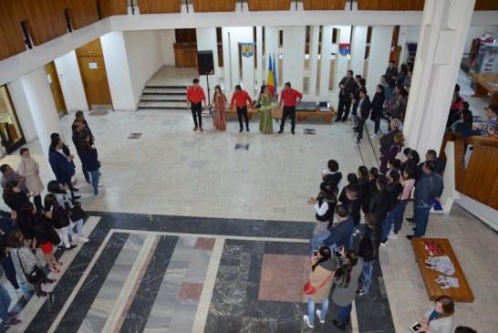 Start la Olimpiada de Limba si Literatura Romani cu dansuri si poezie