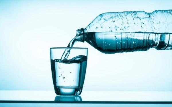 SUA: Contaminarea cu microplastic, identificata in surse comune de apa subterana