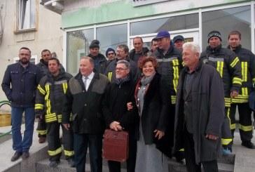 """Loic Thetio, presedintele  """"Association Solidarite PloemeuRoumaniE"""", s-a reintors cu ajutoare in Baia Sprie"""