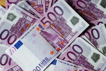 Euro a trecut in piata valutarade 4,67 lei