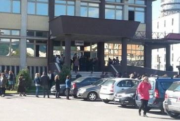 Proteste: Angajatii de la Finantele Publice din Baia Mare au intrat in greva