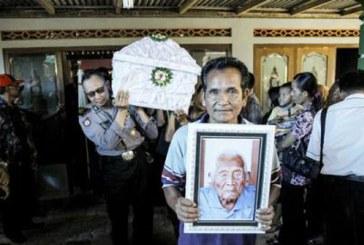 A murit indonezianul care sustinea ca are 146 de ani