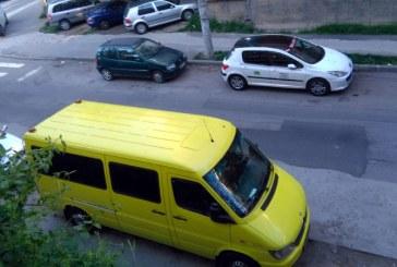 De la cititori: Locurile de parcare – o problema majora in Baia Mare (FOTO)