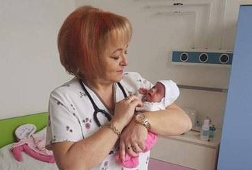 """Prietenii Spitalului, Spitalul Judetean Baia Mare si Sectia de Neonatologie lanseaza, de Ziua Copilului, programul """"BabyCare"""""""
