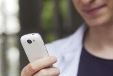 Cel mai mic telefon 4G din lume