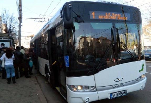 Persoanele cu dizabilitati din Maramures primesc bilete unice de calatorie gratuita, pentru a putea circula cu mijloace de transport diferite