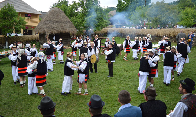 "Zilele Maramuresului ""Haida, hai in Maramures!"", in perioada 17-19 mai. Vezi programul"