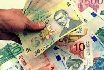 Circa o treime dintre companiile din Romania au in plan acordarea de prime in bani angajatilor, de sarbatori