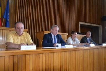 82 de beneficiari: Sistemul de videoconferinta va fi implementat intre Prefectura si sediile primariilor din Maramures