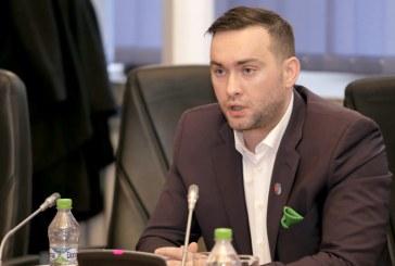 Consilierul Cristian Niculescu Tagarlas acuza Serviciul de Urbanism de blocarea investitiilor in Baia Mare. Liberalul trage un semnal de alarma si la nivel de judet