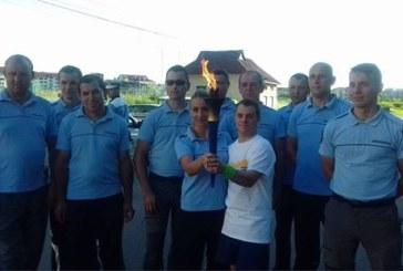 """Jocurilor """"Nationale Special Olympics"""": Jandarmii maramureseni au participat la traseul """"Flacara sperantei"""" (FOTO)"""