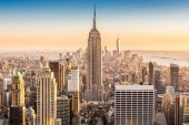 SUA: Un politist acuzat ca a asfixiat un afro-american la New York a fost concediat dupa 5 ani