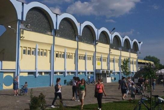 """Fotbal: Sambata, pe Stadionul """"Viorel Mateianu"""" joaca Targu Lapus cu Avantul Barsana"""
