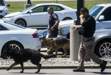 """Politist injunghiat pe un aeroport din SUA: FBI investighează un """"act de terorism"""""""