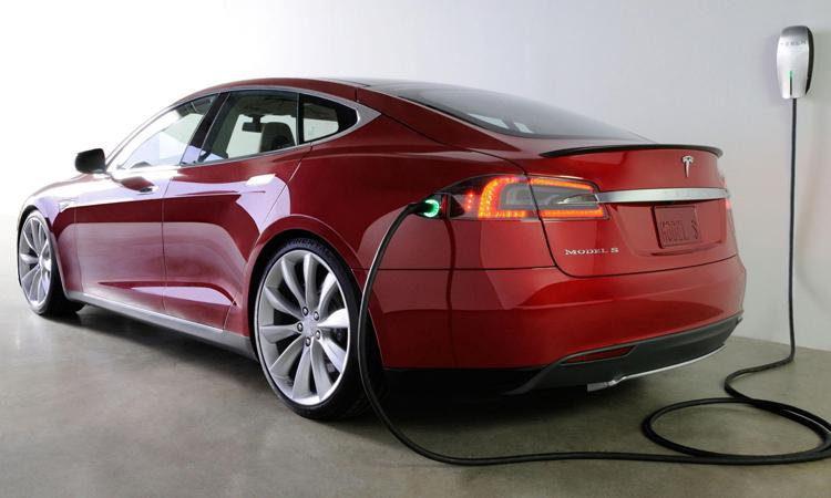 Tesla se extinde in China cand cea mai mare piata auto din lume incetineste