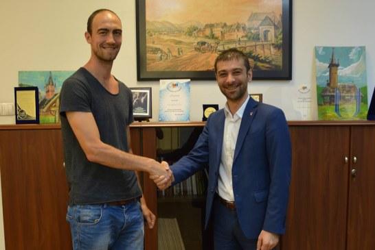 Consiliul Judetean Maramures va sustine organizarea celei de-a doua editii a taberei internationale de handbal