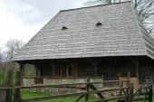 CJ Alba cumpara case traditionale pentru a le conserva. Maramures i-ar putea urma exemplul
