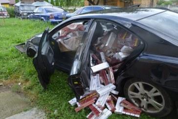 Soferul unui Volvo, inmatriculat in UK, a facut un accident rutier in timpul unei urmariri ca in filme