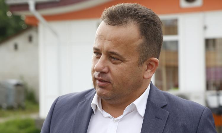 Propunere legislativa: Senatorul Liviu Marian Pop vrea eliminarea notelor si calificativelor in invatamantul primar