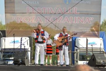Joc si veselie in Botiza si Rozavlea, festivaluri cuprinse in Programul prioritar cultural al Consiliului Judetean Maramures (FOTO)