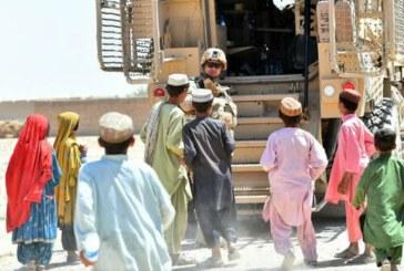 Afganistanul, intre misiune militara si misiune umanitara; militarii romani, impresionati de drama copiilor afgani