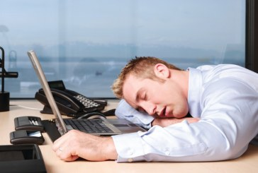 EDITORIAL: Lunga vara fierbinte… Cum se dreg bugetarii din administratie