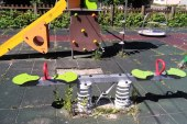 FOTO: Milioane euro investite in locuri de joaca, abandonate de administratia Chereches