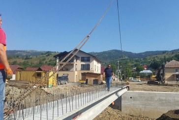 Borsa: Noul pod va descongestiona traficul auto de pe drumul national si din zona centrala