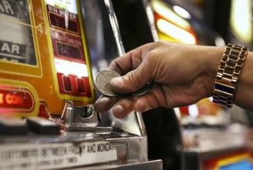 EDITORIAL: Afacerea jocurilor de noroc, in Baia Mare. Cine protejeaza escrocheria