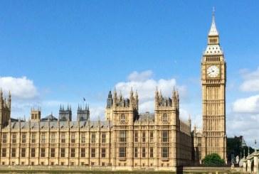 Ministrul britanic al Muncii si Pensiilor, Amber Rudd, a demisionat