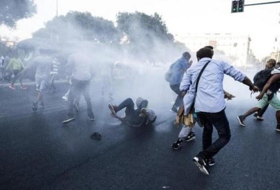 Ciocniri intre politie si refugiati care ocupasera o piata din Roma