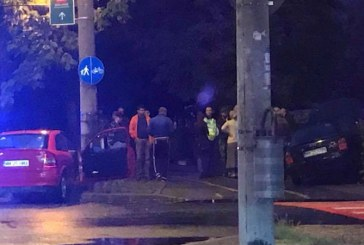 Doi raniti in urma unui accident produs in Baia Mare. Vezi imagini