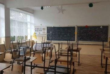 PROIECT DE LEGE – Școlile și-ar putea numi directorii