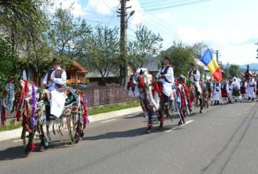 "Atmosfera de sarbatoare la editia a II-a a Festivalului ""Nunta Traditionala"" in Petrova (FOTO)"