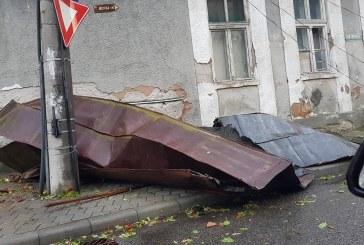 Program prelungit la ghiseul unic dedicat cetatenilor care au inregistrat pagube in urma furtunii