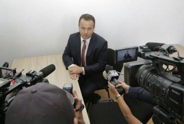Liviu Pop propune majorarea cu 20% a salariilor personalului nedidactic din invatamantul preunivesitar
