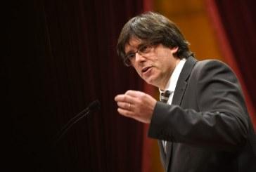 Catalonia: Puigdemont a semnat o declaratie de independenta, dar a suspendat-o