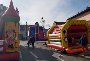 Festivalul Castanelor: Parc de distractii pentru copii, in Piata Pacii (FOTO)
