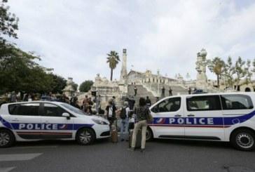 Doua femei injunghiate mortal in gara din Marsilia